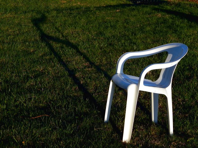 the_chair_recognizes_the_shadow_by_smbaird-d7ew0a0