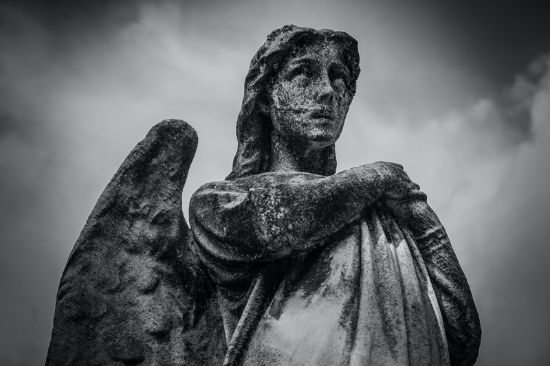 statue-angel-cemetery-96127